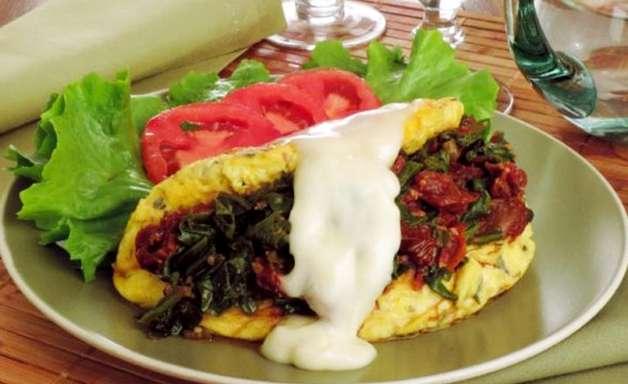 Omelete prática recheada