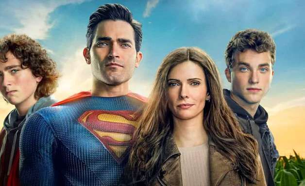 Emmanuelle Chriqui interpreta personagens duplas em Superman & Lois