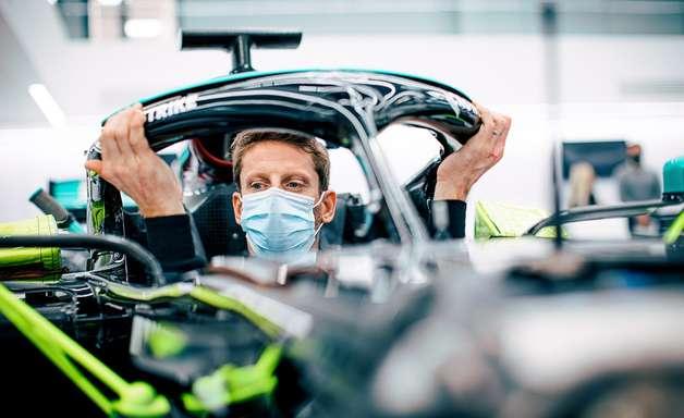 Mercedes adia teste de Grosjean por restrições de viagens na pandemia