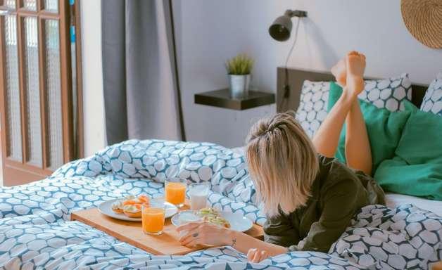 Alimentação na menstruação: saiba o que comer em cada fase