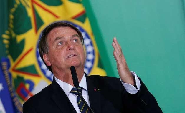 """Bolsonaro diz que estar até agora no governo é """"milagre"""""""