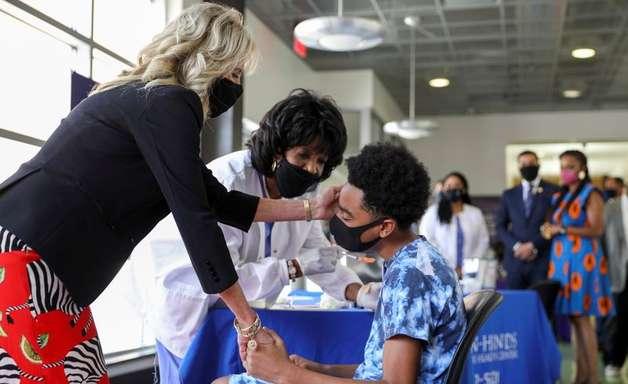 EUA não devem cumprir meta de vacinação contra Covid até 4 de julho, diz Casa Branca