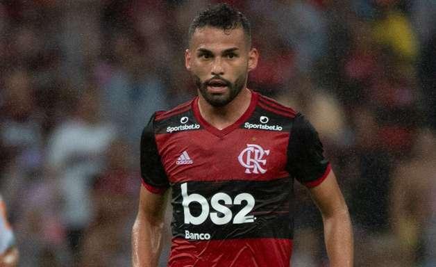 Flamengo: recuperado de grave lesão, Thiago Maia está de volta