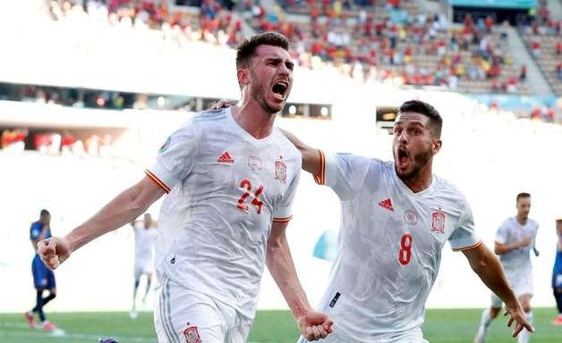 Espanha goleia e avança em 2º na Euro; Suécia termina em 1º