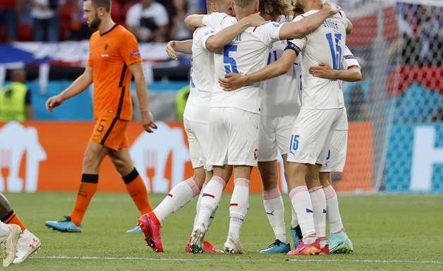 Holanda é eliminada da Eurocopa pela República Tcheca