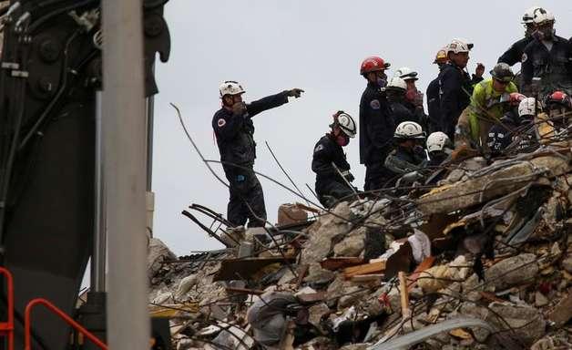 Número de mortes em queda de prédio na Flórida sobe para 46