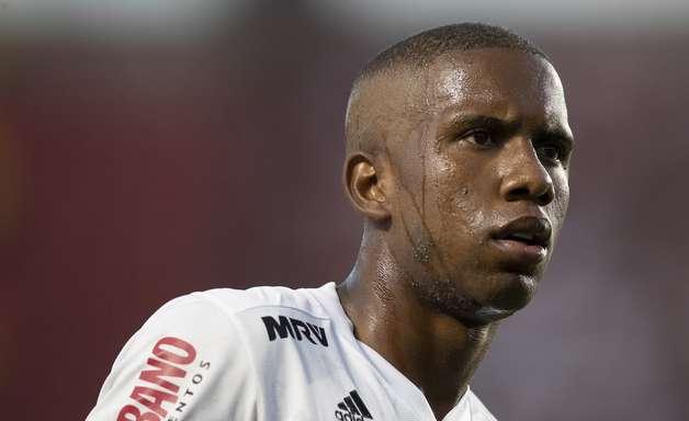 São Paulo e Atlético-GO encaminham empréstimo de Toró