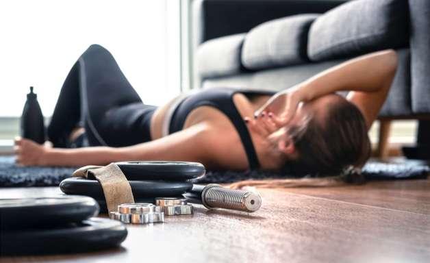 5 prejuízos que o excesso de treinos gera em nosso corpo