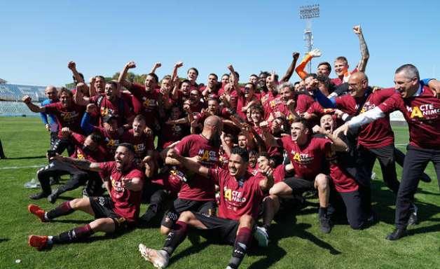 Após polêmica, Salernitana é confirmada na Série A da Itália