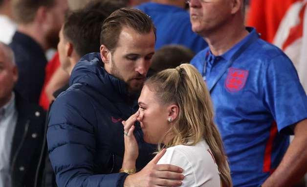 """""""Vai doer por muito tempo"""", diz Kane sobre derrota inglesa"""
