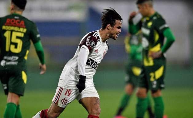 Flamengo vai mal, mas bate o Defensa y Justicia fora de casa