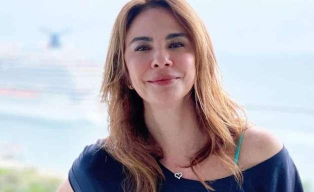 Luciana Gimenez reclama de preço e usa transporte público