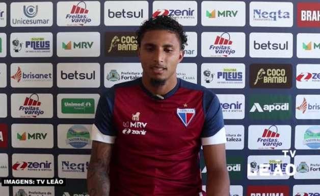FORTALEZA: Ederson destaca intensidade trazida por Vojvoda e se diz 'favorecido' pelo novo estilo de jogo do clube