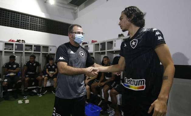Botafogo buscará reforços para sequência da Série B