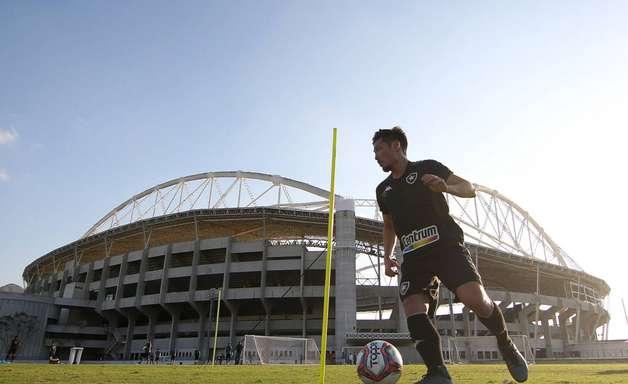 Botafogo acumula problemas para jogo contra o Confiança