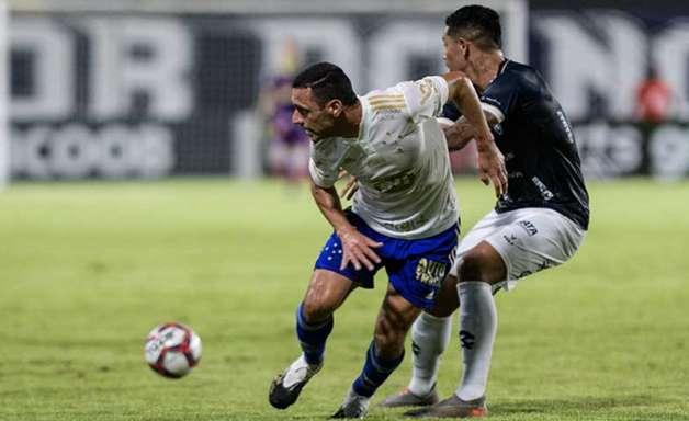 Vila Nova x Cruzeiro. Onde assistir, prováveis times e desfalques