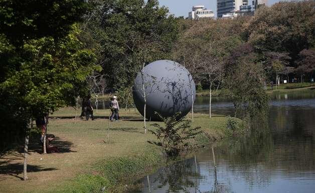 Prefeitura de SP libera eventos, parques e mesas na calçada