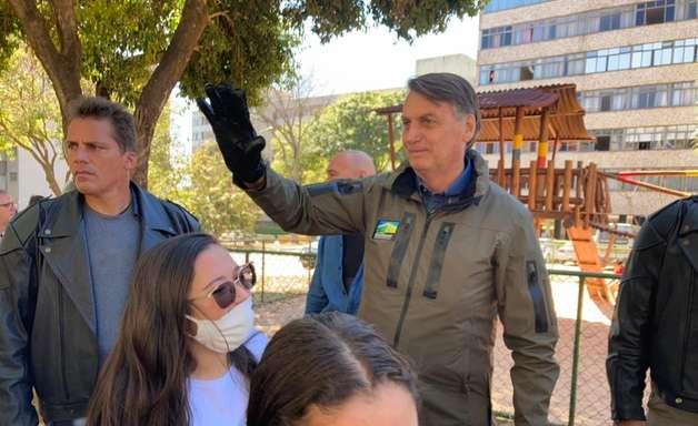 """Bolsonaro fala em """"eleições sujas"""" no pleito de 2022"""