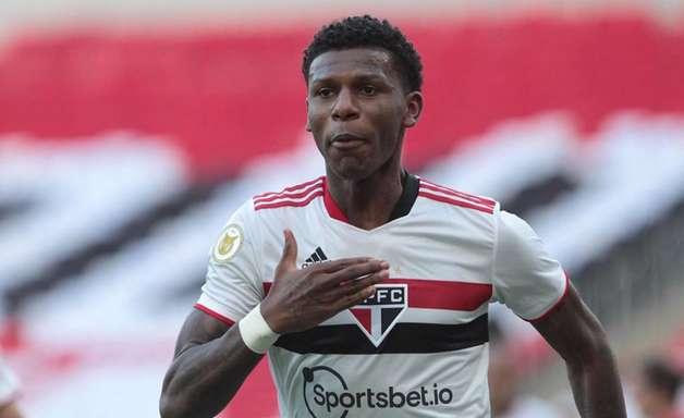 Arboleda lamenta desatenção do São Paulo em goleada sofrida