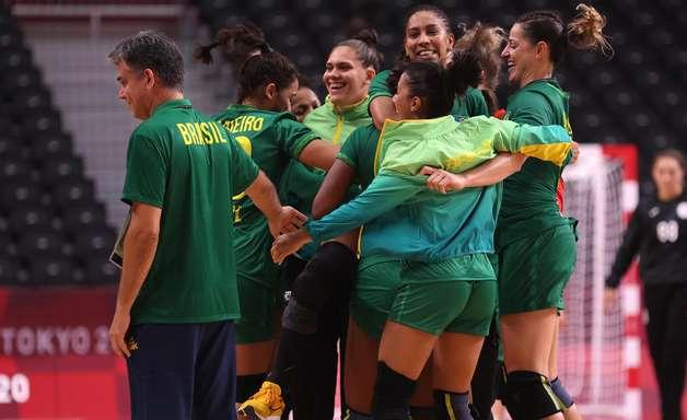 Brasil joga bem e empata com as russas no handebol feminino
