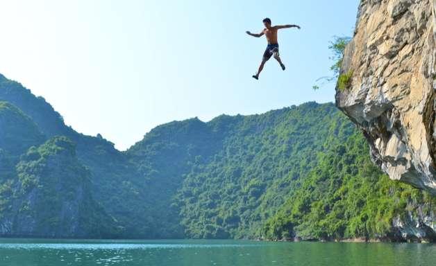Psicobloc: desafie os nervos ao escalar sem equipamentos