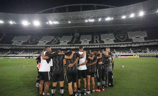 Botafogo tem em jogo atrasado chance de diminuir diferença para o G4 na Série B do Brasileirão