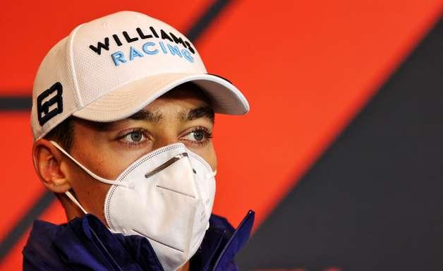 Russell diz que dirigirá em um carro de motor Mercedes e afasta possibilidade da Red Bull F1