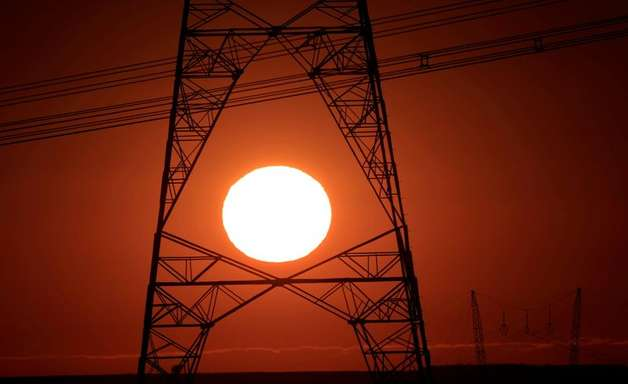 Distribuidora de energia fala em possível corte emergencial