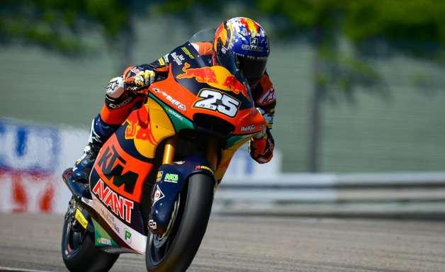 Vice-líder da Moto2, Fernandez terá lugar de Petrucci na Tech3 KTM em 2022, diz site