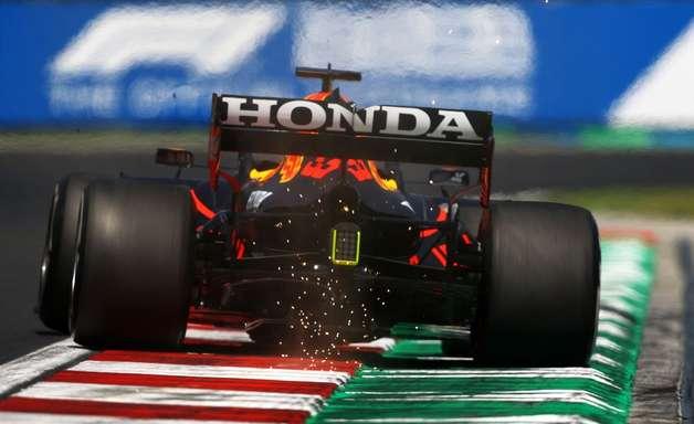 """Verstappen vê chance na largada, mas diz que Red Bull ficou """"um pouco atrás"""" na Hungria"""