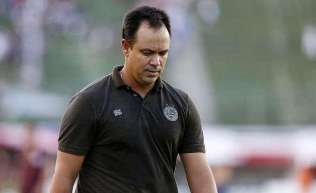 Bahia oficializa a demissão do técnico Dado Cavalcanti