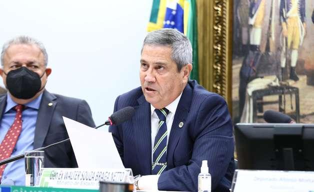 """Braga Netto: """"Não existe articulação fora da Constituição"""""""