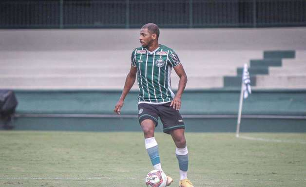 Waguininho comemora grande fase no Coritiba na Série B do Brasileirão