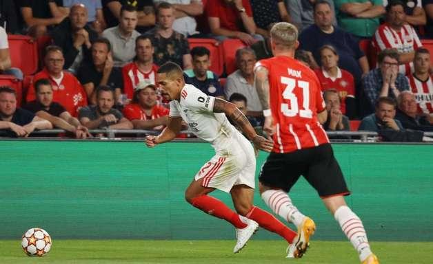 Gilberto comemora classificação emocionante do Benfica na Champions: 'Momento especial'