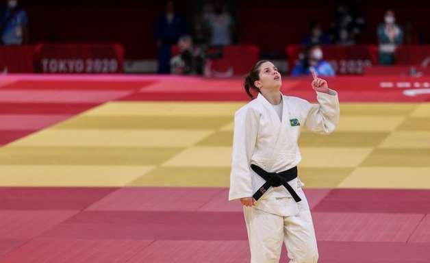 Judô: Alana Maldonado conquista medalha de ouro e Meg Emmerich fica com o bronze nas Paralimpíadas
