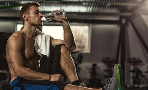 Alimentos que hidratam: descubra como driblar o tempo seco