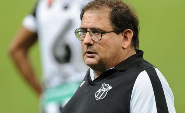 Guto Ferreira não é mais técnico do Ceará