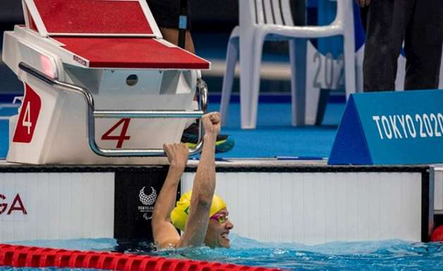 Carol Santiago garante o terceiro ouro nas Paralimpíadas, e Brasil supera campanha nos Jogos do Rio