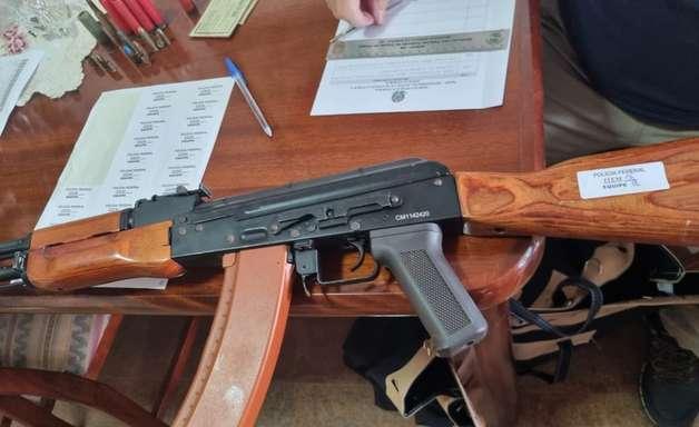 PF prende jovem por 'atos preparatórios de terrorismo'