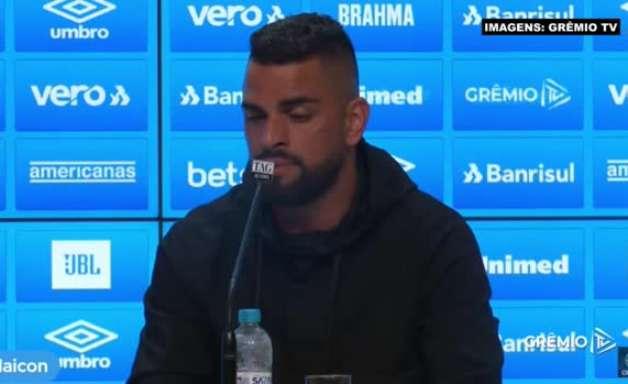 """GRÊMIO: Maicon justifica decisão em comum acordo de deixar o clube: """"Não estava conseguindo entregar o que eu podia dar"""""""