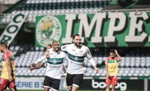 Série B: Vitória do Coritiba impede CRB de assumir a liderança