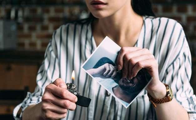 7 simpatias infalíveis para esquecer o ex-namorado