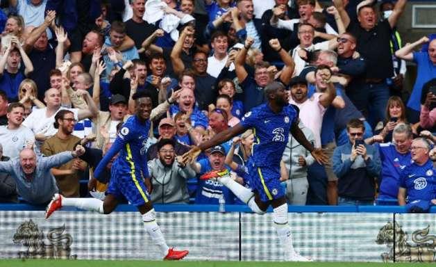 Chelsea vence o Aston Villa e mantém invencibilidade na Premier League