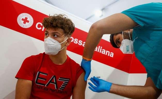 Itália tornará passaporte da Covid obrigatório para todos os trabalhadores
