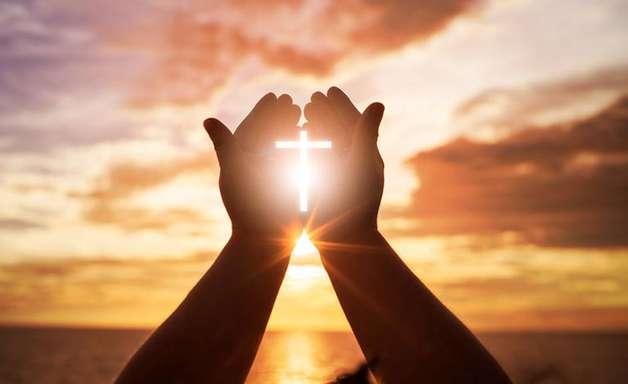 O poder da oração: 10 passos para fortalecer sua prece