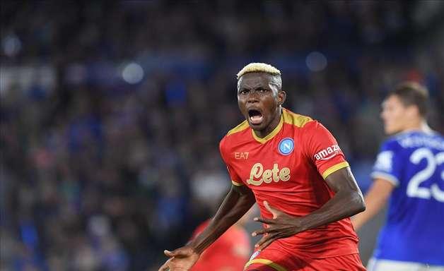 Napoli busca empate com Leicester em estreia na Liga Europa