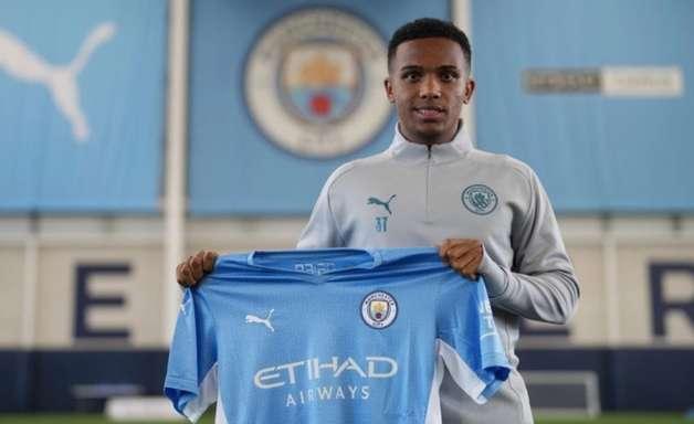 Ex-Fluminense, Kayky começa a treinar com o Manchester City