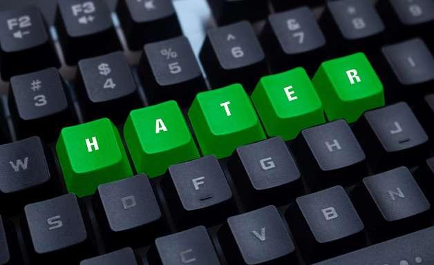 Como se proteger dos ataques de haters nas redes sociais