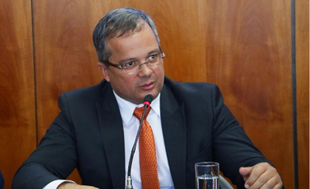 Concursos DF: 'prioridade é recompor' diz secretário de Economia