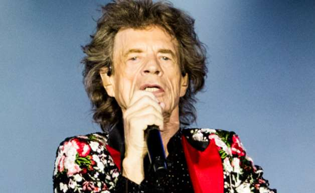 Rolling Stones abrem turnê com homenagem a Charlie Watts